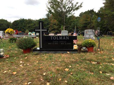 memorial-david-tolman