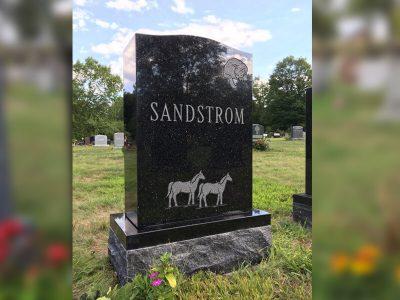 memorial-sandstrom